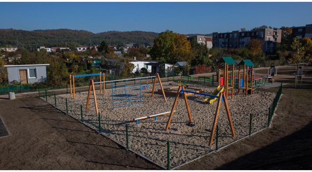 Nowa przestrzeń wypoczynkowo-rekreacyjna na osiedlu Dzięcielskiego