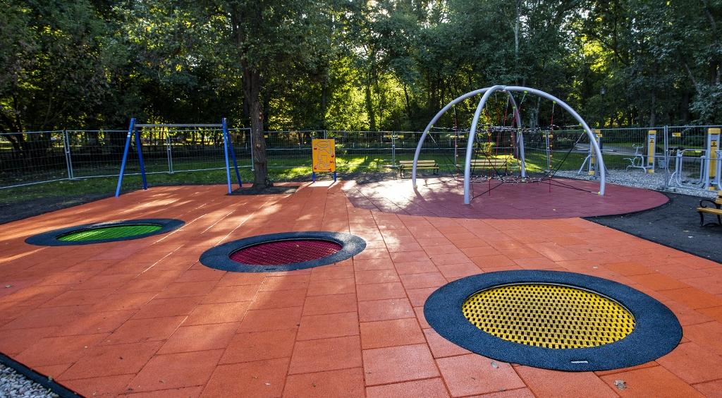 Nowy plac zabaw w wejherowskim parku
