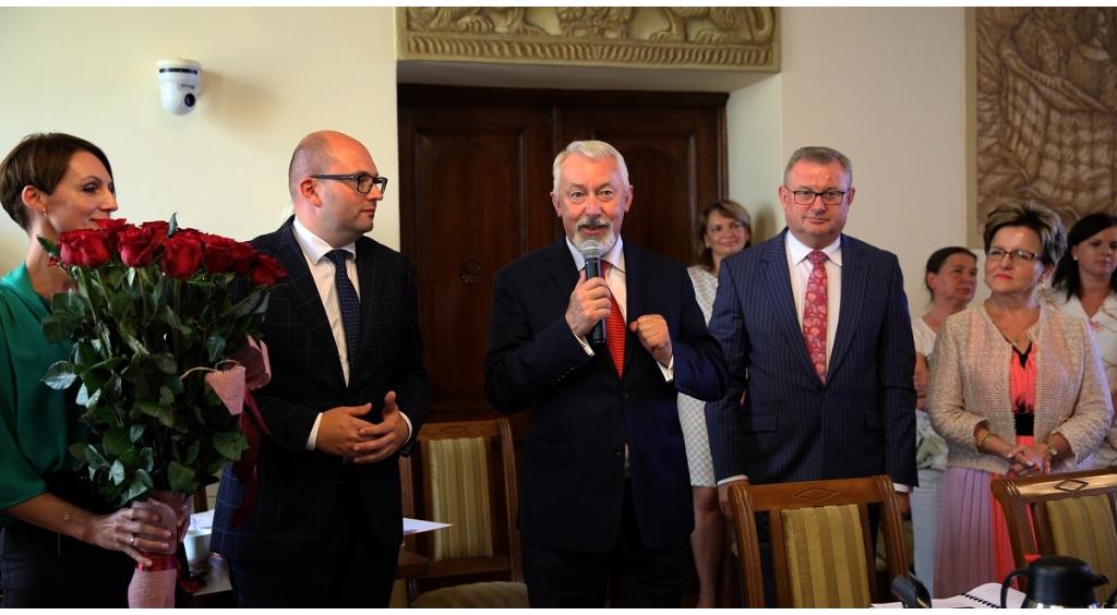 Absolutorium i wotum zaufania dla prezydenta Krzysztofa Hildebrandta