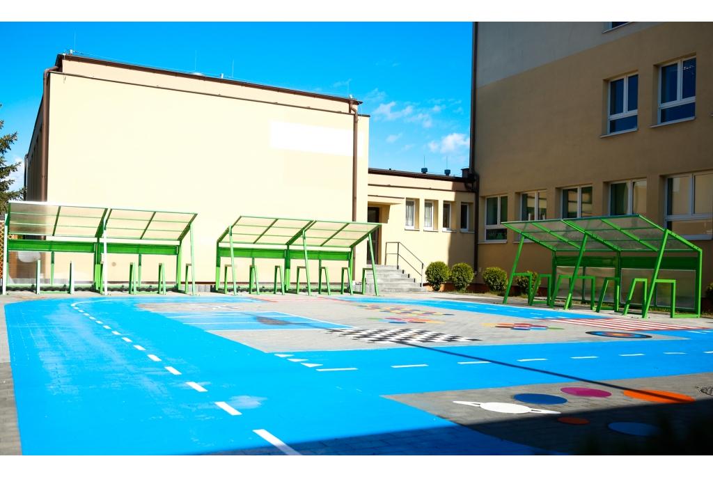 Szkoła na kołach przy Szkole Podstawowej nr 8