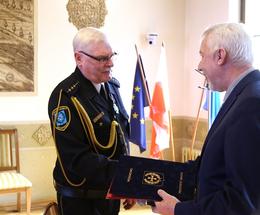 Najstarszy funkcjonariusz Straży Miejskiej odchodzi na emeryturę