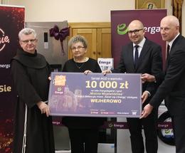 Przekazanie nagród konkursu Świeć się z Energą dla wejherowskich placówek