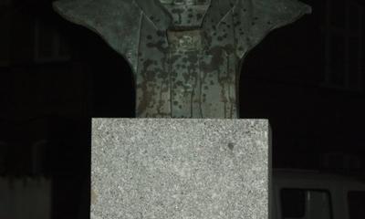 Odsłonięcie Pomnika Jana Pawła II z okazji Święta Niepodległości - 10.11.2010