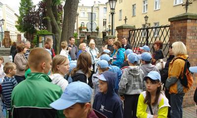 Turyści chętnie zwiedzają Wejherowo i Kalwarię Wejherowską - 19.07.2012