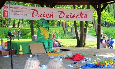 Dzień Dziecka w parku Miejskim i na os. Sucharskiego - 01.06.2011