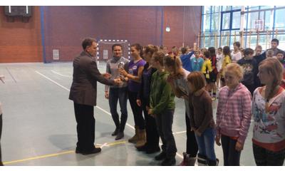Turniej gwaizdkowy halowej piłki nożnej w SP-6 - 20.12.2012