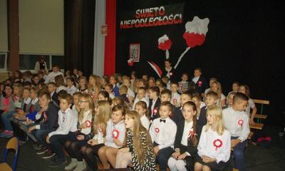 Akademia w SP nr 9 z okazji Święta Niepodległości