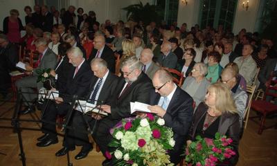 Promocja książki Spotkania o zmierzchu z abp. Tadeuszem Gocłowskim - 03.10.2012