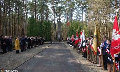 Uroczystość w Piaśnicy z okazji Miesiąca Pamięci Narodowej - 11.04.2015