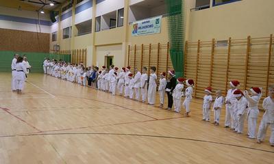Trening karate shotokan z Mikołajem