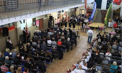 Akademia z okazji Święta Niepodległości w ZS nr 2 - 10.11.2015