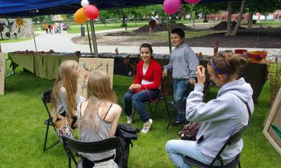 Wystawa  warsztatów letnich WCK w Parku Miejskim - 13.07.2012