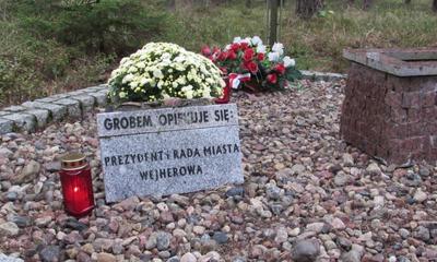 Hołd ofiarom zbrodni piaśnickiej