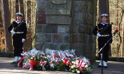 Uroczystość w Piaśnicy z okazji Miesiąca Pamięci Narodowej - 20.04.2013