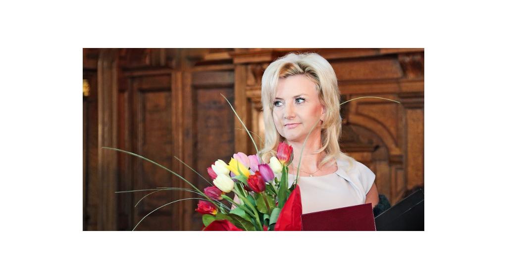 "Joanna Sokołowska – laureatka plebiscytu ""Kobieta Sukcesu 2013"""