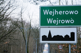 Wejherowo wita polsko-kaszubskimi tablicami