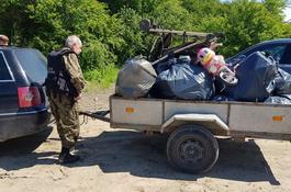 Wędkarze społecznie sprzątali rzekę Redę w Wejherowie