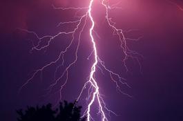 Uwaga! Możliwe burze z deszczem i gradem