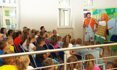 Przedstawienie dla dzieci w bibliotece - 08.07.2015