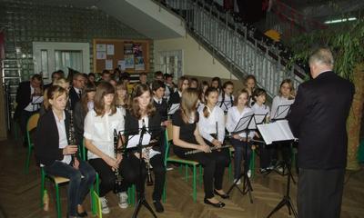 Miejskie Święto Niepodległości w ZS nr 2 -09.11.2012