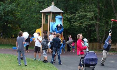 Park Miejski w Wejherowie tętni życiem - 09.09.2012