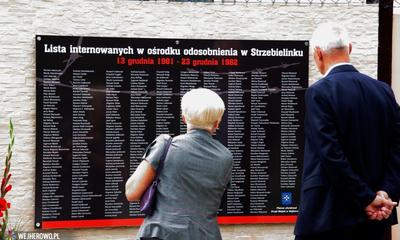 Zjazd Strzebielinkowców - odsłonięcie tablicy pamiątkowej - 17.08.2014