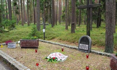 Uroczystość patriotyczna w Lesie Piaśnickim - 06.10.2013