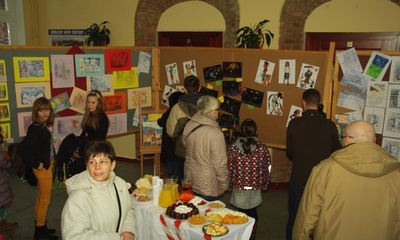Wystawa ArtFerie w Gimnazjum nr1 - 22.02.2013