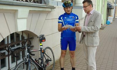 Mieczysław Solek z Wejherowa zamierza ponownie pokonać ultramaraton kolarski - 07.08.2012