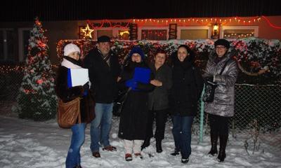 Komisja oceniała dekoracje świąteczne posesji - 08.01.2013