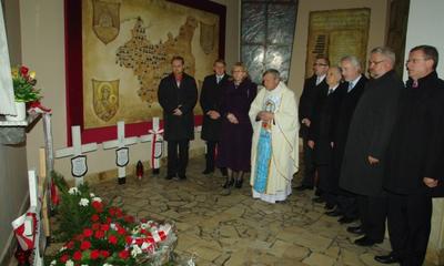 Hołd ofiarom katastrofy smoleńskiej - 10.04.2012