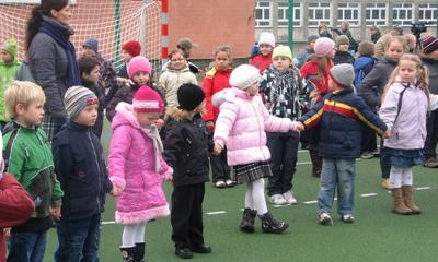 Otwarcie zespołu boisk w Szkole Podstawowej nr 9 - 29.10.2010