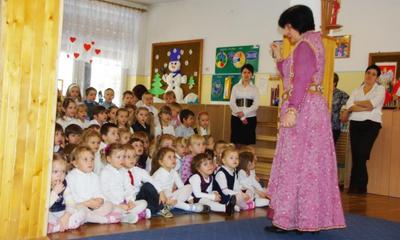 W 200. rocznicę urodzin Fryderyka Chopina - koncert w Przedszkolu Samorządowym nr 2