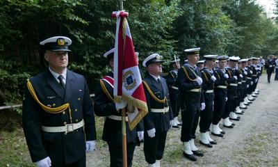 Hołd żołnierzom 1 MPS w Białej