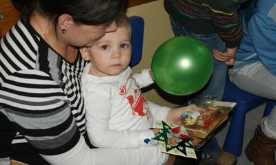 Akcja Dzieci Dzieciom - w szpitalu - Fot. Jacek Drewa - 05.12.2013