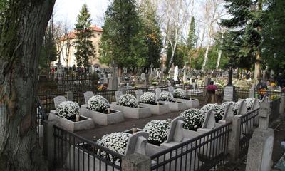 Władze Miasta uczciły pamięć poległych na wejherowskim cmentarzu