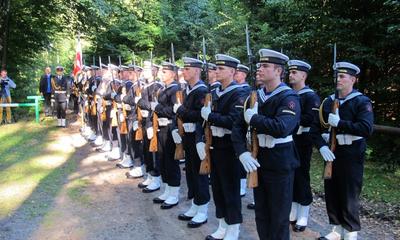 Hołd żołnierzom 1 MPS poległym pod Białą w 1939 r.- 05.09.2013