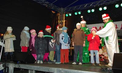 Mikołajki na rynku 5-12-2009
